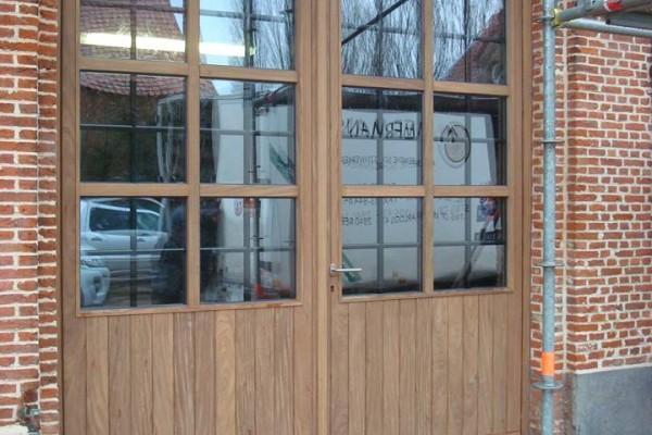 Omnisolutions - houten poort