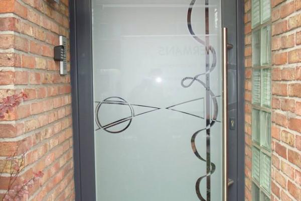 Omnisolutions - voordeur glas