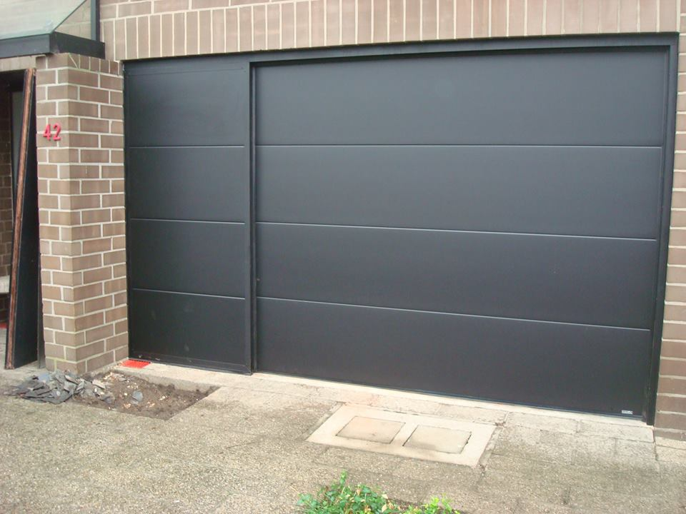 Omnisolutions - garagepoort sectionale poort